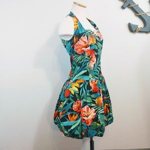 Retro You Babes Dress with Tropical Print size 9